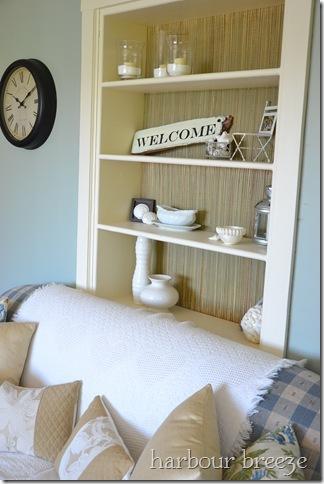 """Seasonal"" Decorating ~ Styling the Bookcase"