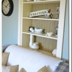 """Seasonal"" Decorating ~ Styling the Bookcase"