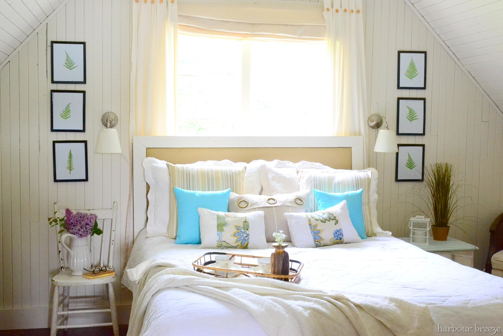 Beach cottage bedroom reveal harbour breeze home - Small room decor ideas ...