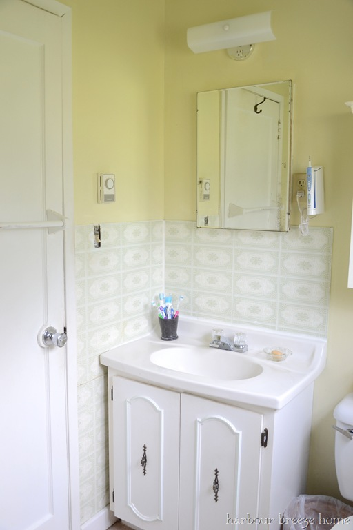 Beach cottage bathroom ideas beach cottage interior for Beach cottage bathroom ideas