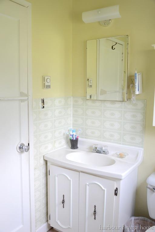 Beach Cottage Bathroom Inspiration ~ Vanities