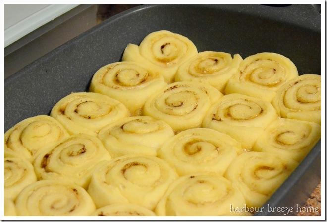 cinnamon buns a.m.