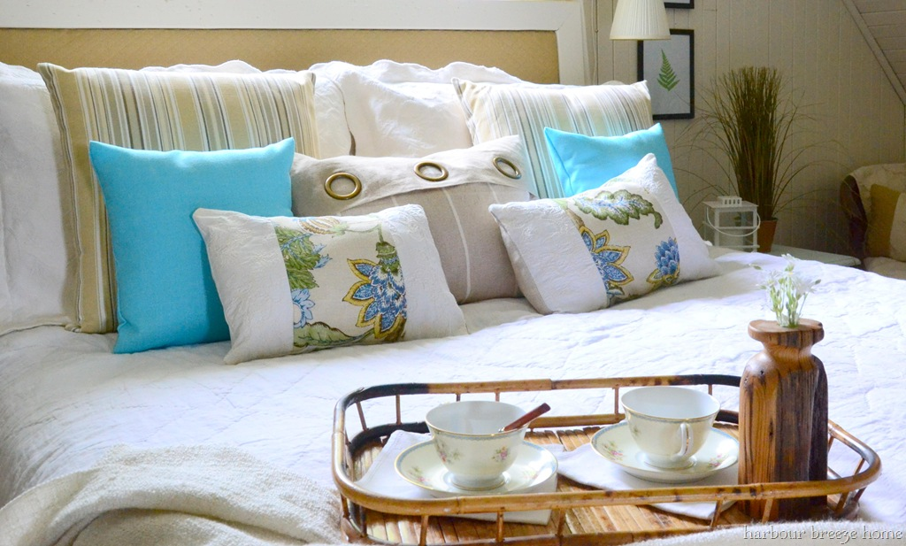 7 DIY Pillows You Can Make for Your Home