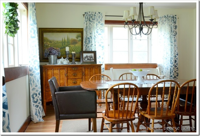 whole dining room