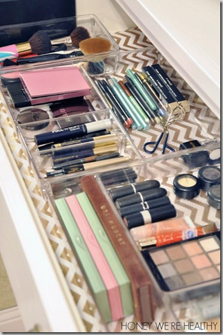 clear makeup organization