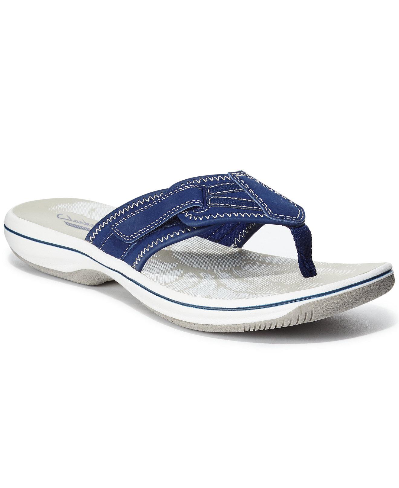 clarks breeze mila flip flops