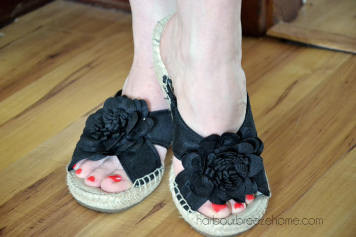 treat yourself to a diy pedicure   harbourbreezehome.com