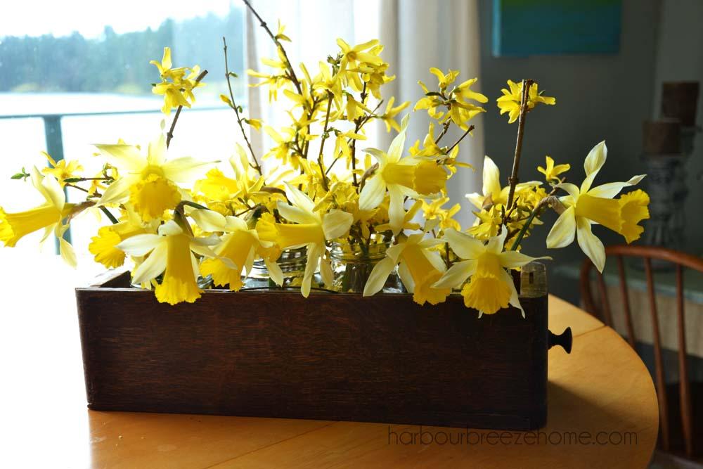Rustic spring flower arrangement harbour breeze home rustic spring flower arrangement harbourbreezehome mightylinksfo