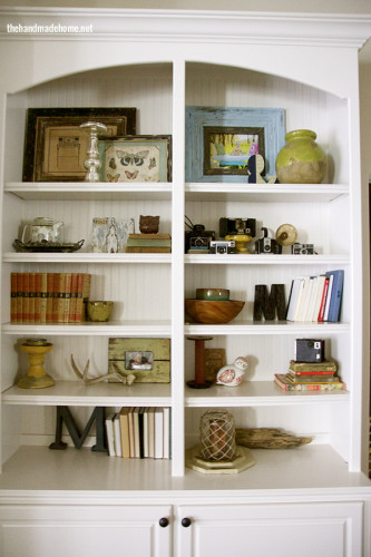 bookcase styling inspiration from the handmadehome