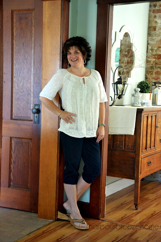 Fashion Over 40 – Capri Pants