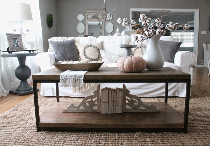 Coffee Table Styling ideas at harbourbreezehome.com