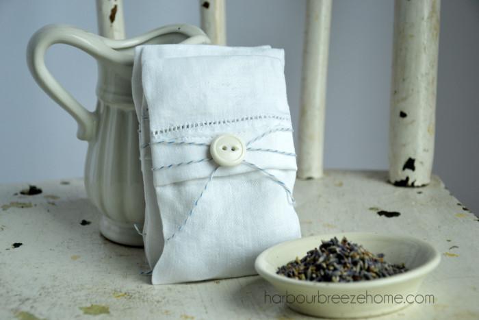 vintage linen sachets at harbourbreezehome.com