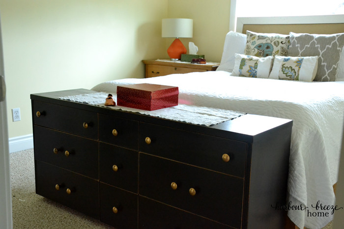 5 Simple Ways to Organize a Small Master Bedroom at harbourbreezehome.com