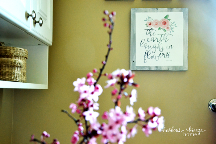 Spring Bathroom Decor (House Tour, Part 3)