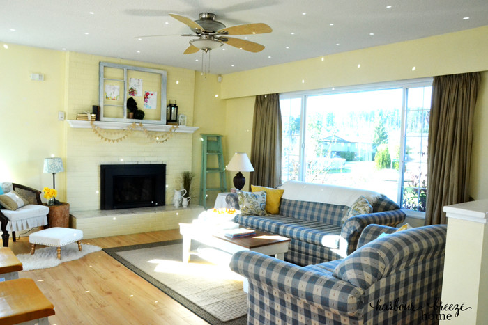 Spring Living Room Refresh @harbourbreezehome.com