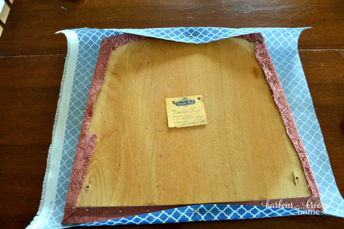 How to Easily Recover a Chair Cushion
