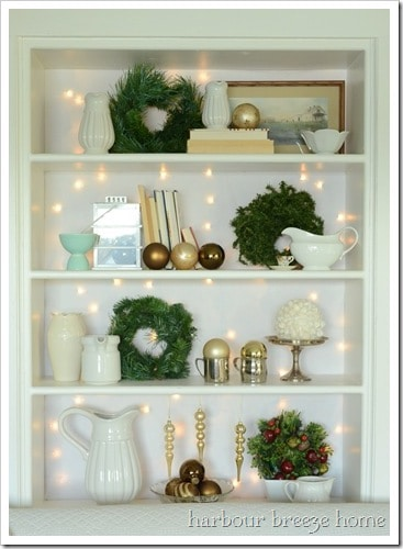 christmas-bookcase-keeper_thumb
