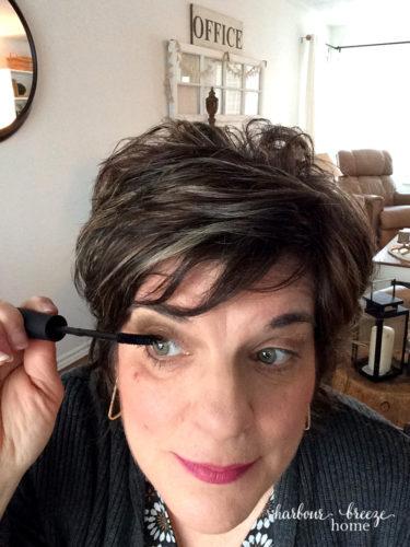 younique 3d lashes selfie