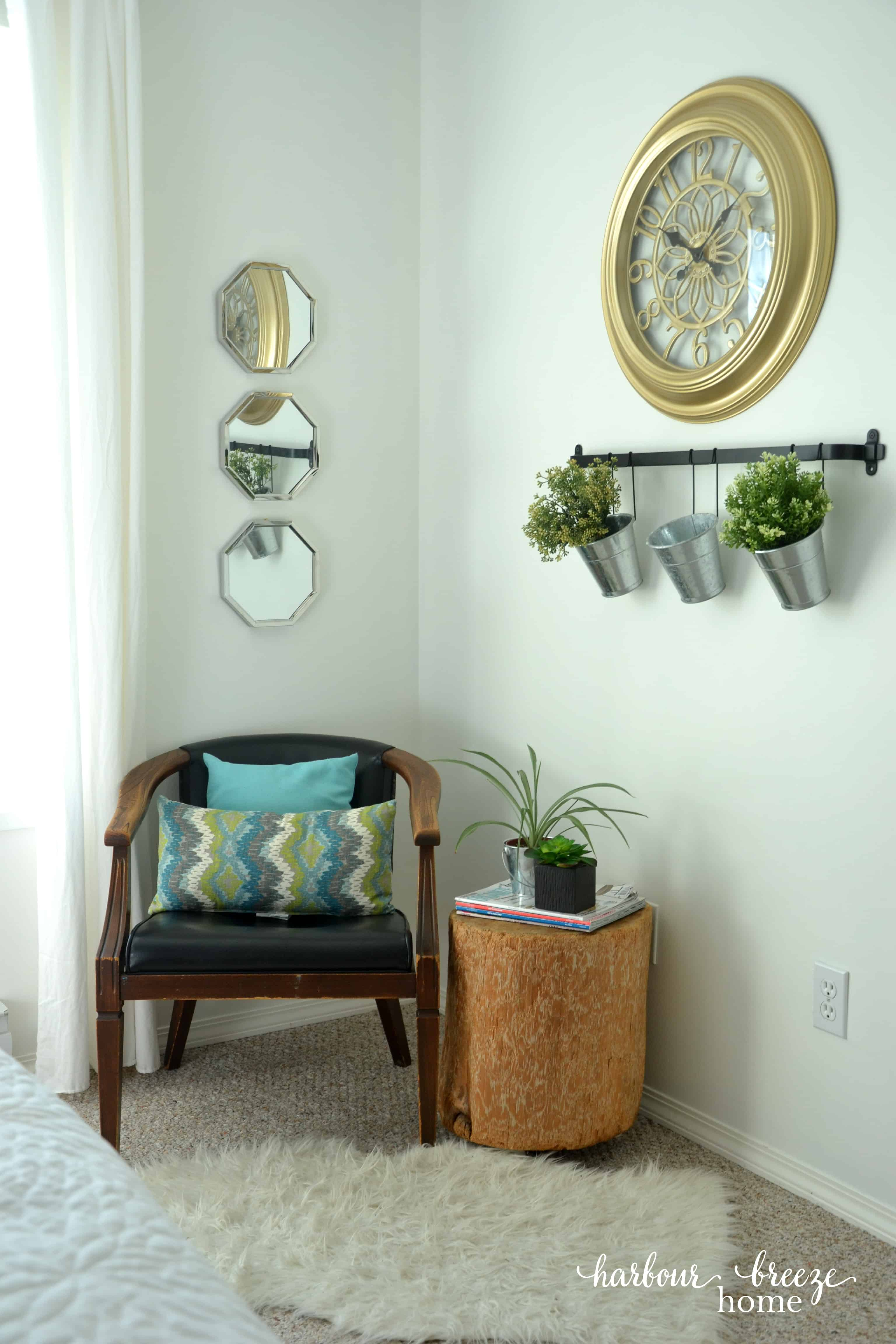 Ways to save money during a room makeover