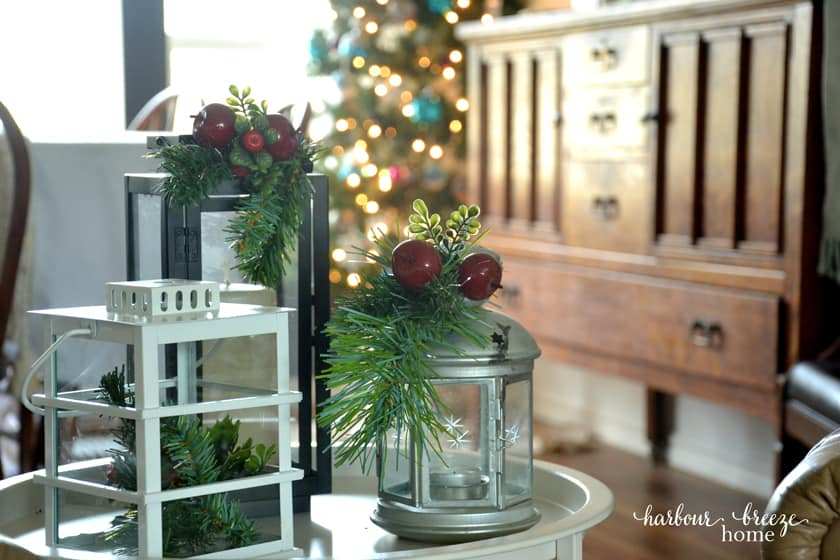 Aqua Blue & Red Christmas Decor