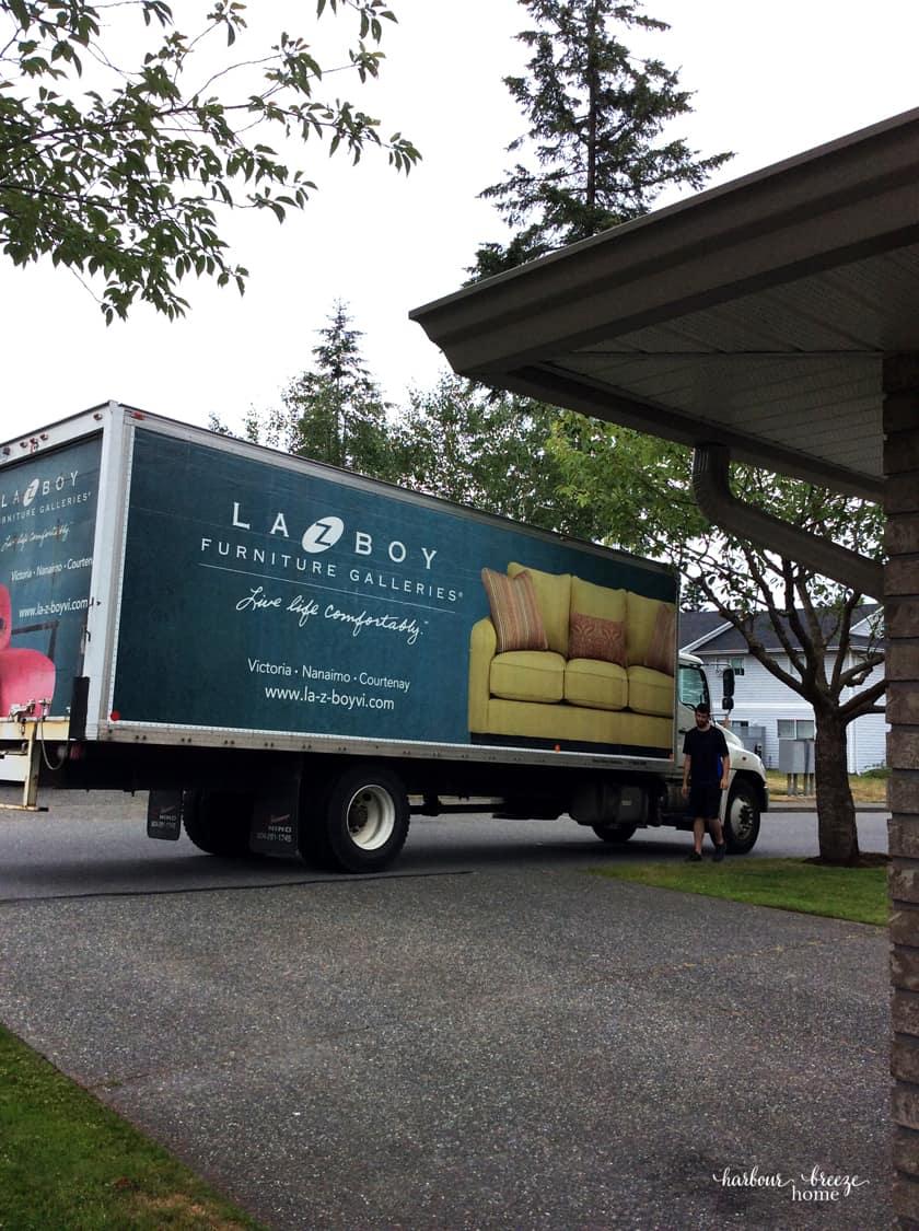 La-z-Boy Truck
