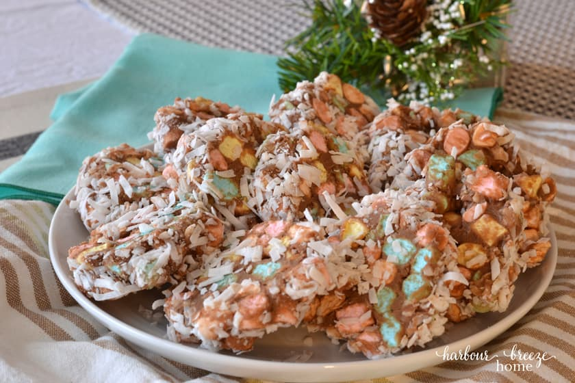 Cathedral Windows | Easy Holiday Treat Recipe