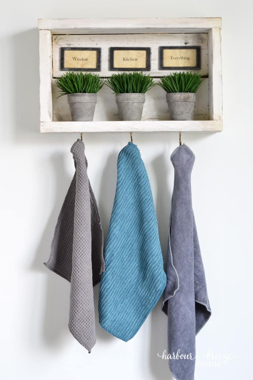 3 Creative Ways To Use A Diy Rustic Wall Shelf With Hooks