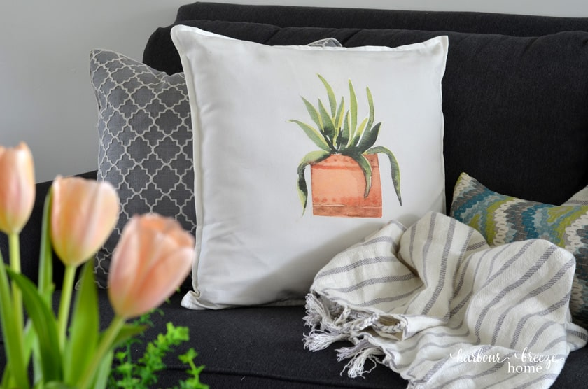 Spring Throw Pillows that you can make yourself!
