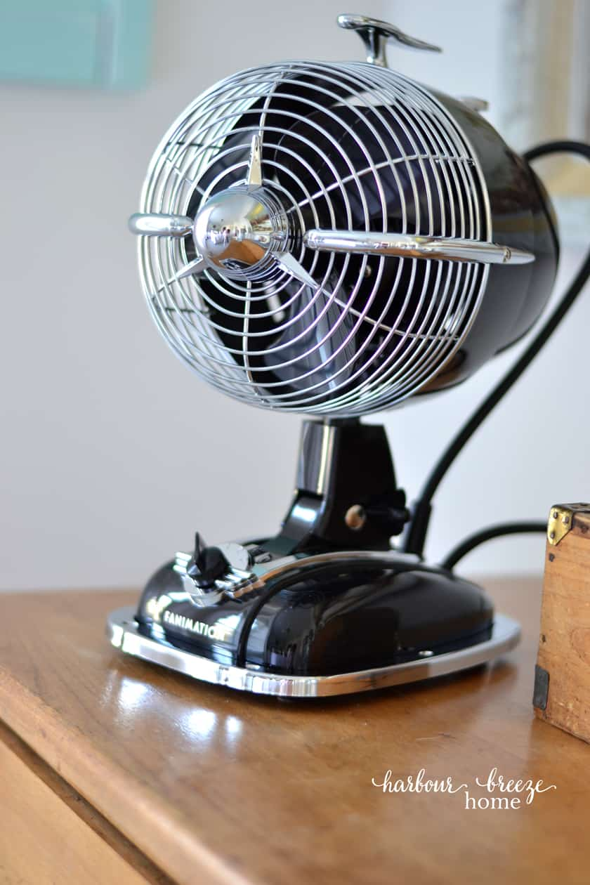 what does a fanimation fan look like in a farmhouse style home?