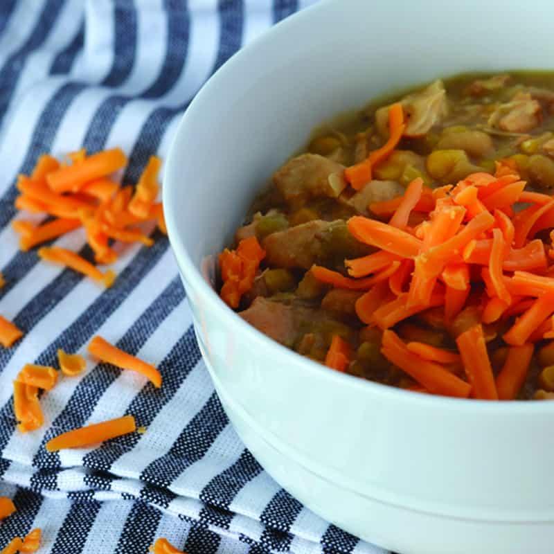 White Chicken Chili Recipe for Slow Cooker