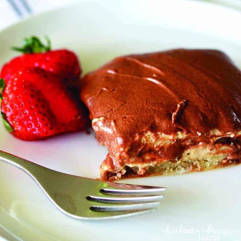 A Chocolate Lover's Dream Dessert : Mocha Refrigerator Dessert Recipe