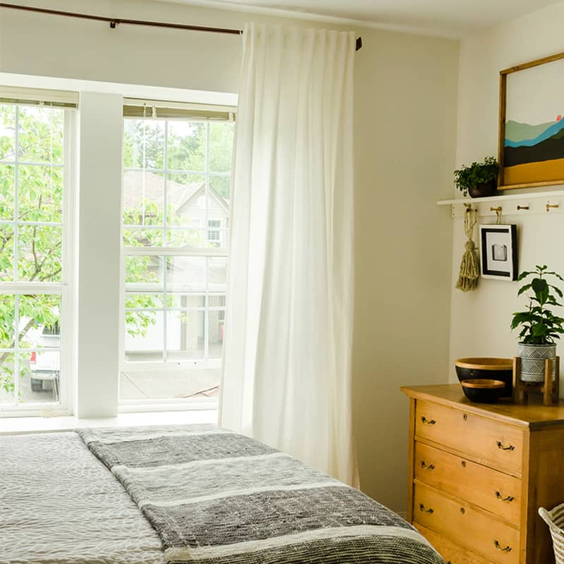 Hanging Curtains: A Step by Step Guide for Beginners