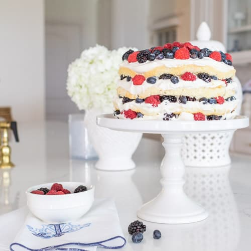 Berry Layer Cake   Recipes & Lifestyle