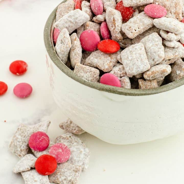 Cupid's Chow - Valentine's Puppy Chow Snack Mix