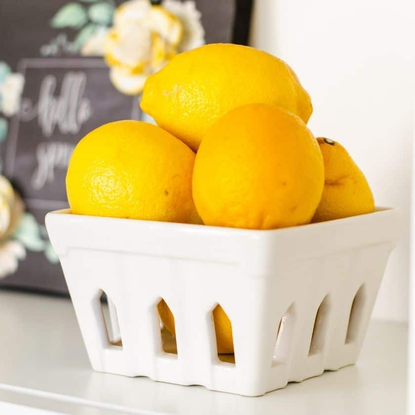 How to Decorate Shelves with Yellow for a Spring Look
